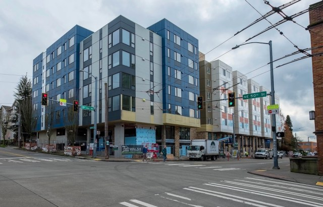 Seattle, Bellwether Housing, Weber Thompson, Walsh Construction, Wellspring Family Services, Foster Pepper, Arbora Court