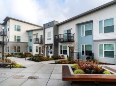 The Main Apartments + Lofts, Sumner, Tiscareno Associates, Tarragon LLC
