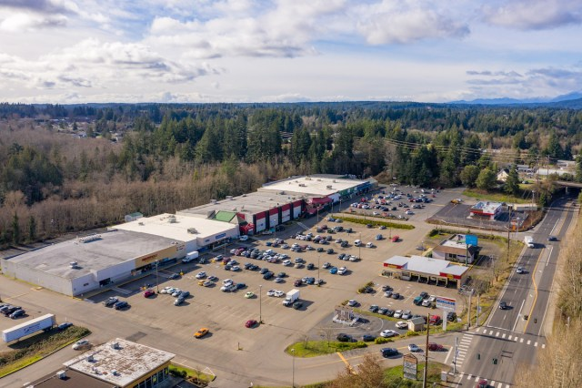 Grocery Outlet, Port Orchard, Marcus & Millichap, Towne Square Retail Center, Seattle