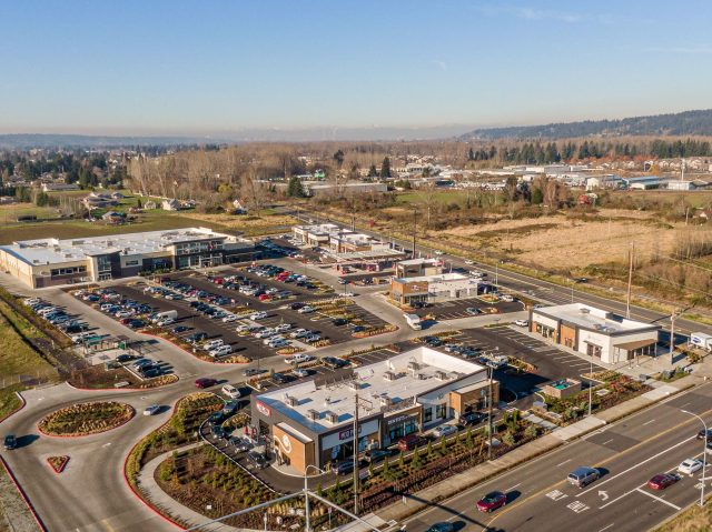 Puyallup, Pioneer Crossing Shopping Center, PMF Investments, PMF Real Estate Investment Services, Seattle