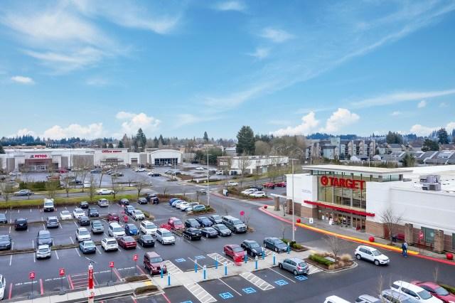 CBRE, Kohl's, Vancouver, Hazel Dell Towne Center, Pine Tree,