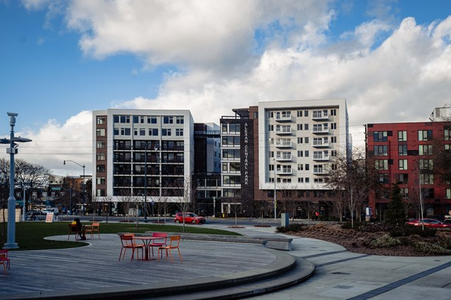 Trammell Crow, Equity Residential, Alexan Central Park Apartments, Jackson Main Architecture, Graham Builds, Redmond