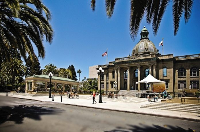 Redwood City Hall The Registry real estate