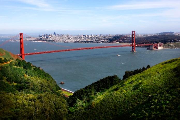 CBRE Global Investors, Bay Area, Los Angeles, Silicon Valley, Google Inc, Sunnyvale, Apple, Transwestern, Prologis, Mountain Views, Bay Area, Amazon