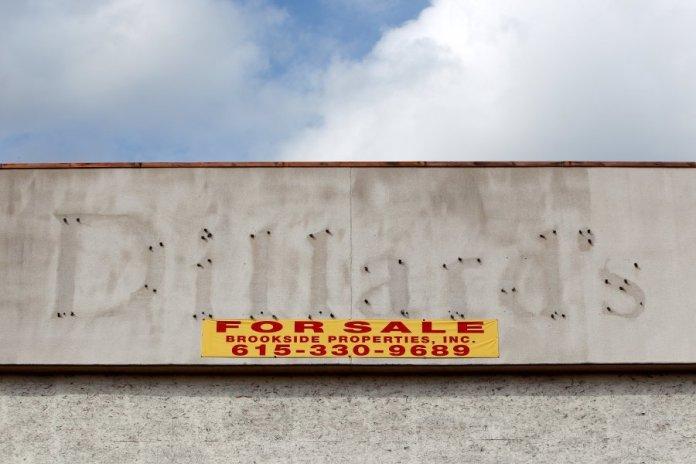 Facebook, Amazon, Sports Authority, Golfsmith, Borders Books, Circuit City, HH Gregg, Barnes & Noble, Kohls, Office Depot & Staples, Oakland, International Council of Shopping Centers, John Cumbelich & Associates