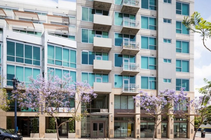 Airbnb, VRBO, Stay Alfred, Hilton, Mariott, Los Angeles, San Francisco, Europe