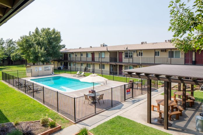 Sacramento, Marcus & Millichap, McClellan Court Apartments, North Highlands, Palo Alto