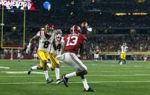 Sep 3, 2016; Arlington, TX, USA; Alabama Crimson Tide wide receiver ArDarius Stewart (13) catches a touchdown pass in front of USC Trojans defensive back Iman Marshall (8) during the first half against the USC Trojans at AT&T Stadium. Mandatory Credit: Tim Heitman-USA TODAY Sports