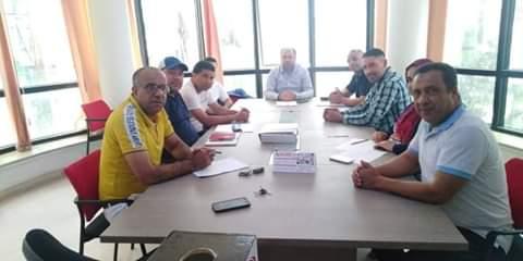 إجتماع رئيس الجامعة مع رؤساء اللجان