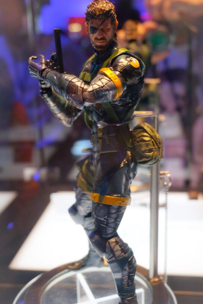 Play Arts Kai Metal Gear Solid V Nake Snake