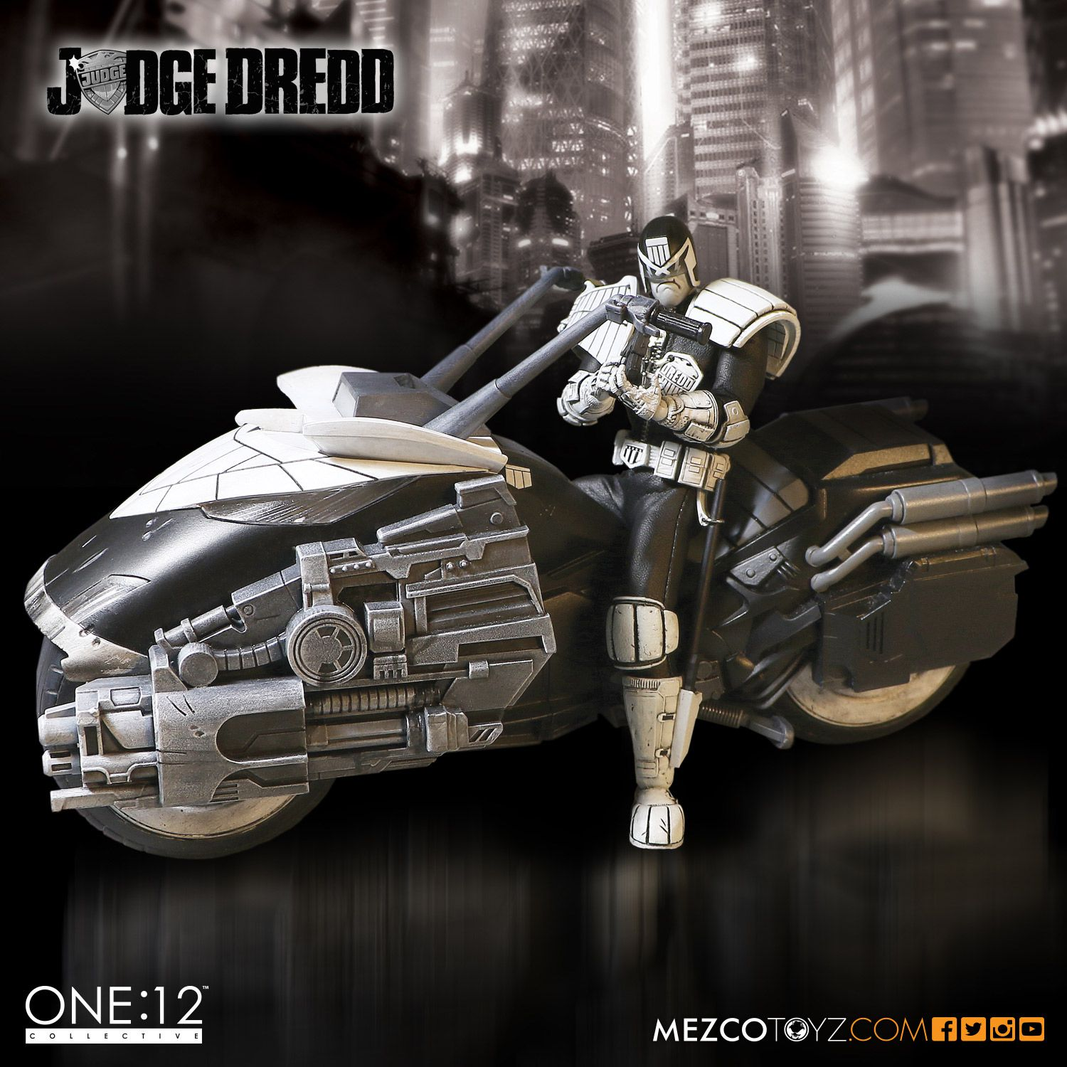 SDCC One12 BW Judge Dredd Set 001