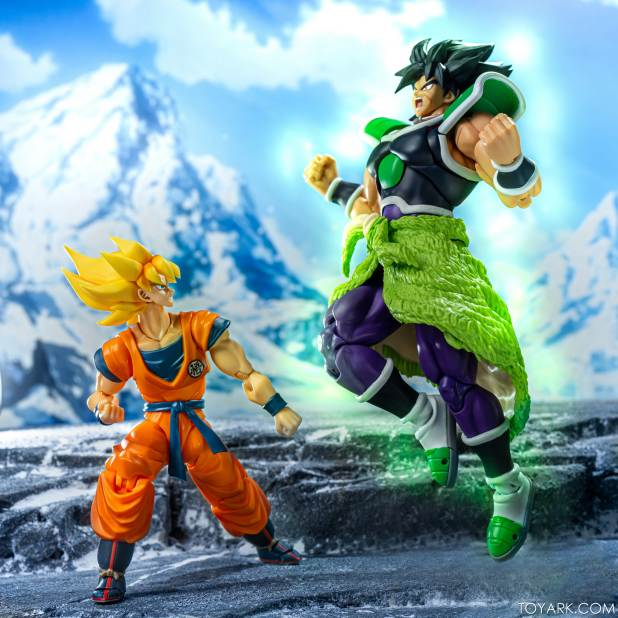 SHF Broly Base Form 027