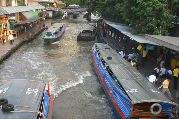 التاكسي المائي، بانكوك ـ تايلاند