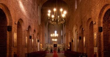 داخل كاتدرائية صوفيا، أحد أهم معالم المدينة