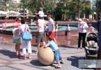 سياح في إمارة دبي
