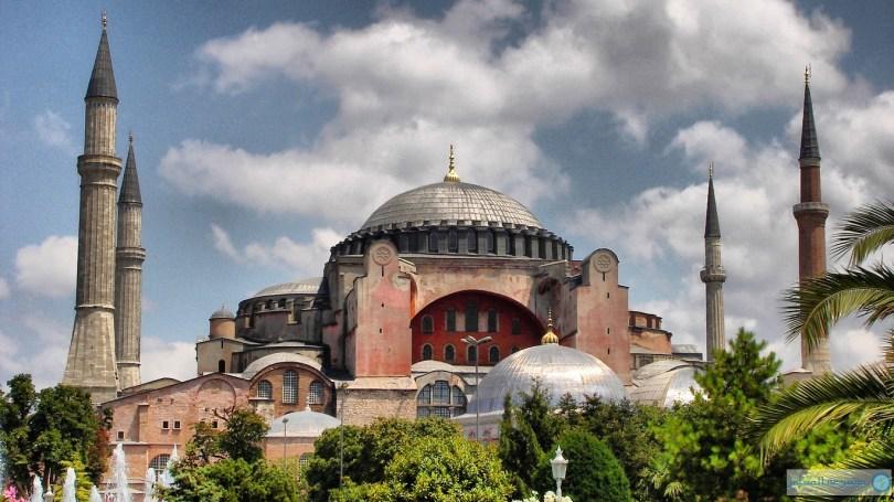 Hagia-Sophia-Mosque-in-Istanbul-Turkey-1