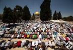 صلاة الجمعة الأولى من شهر رمضان في المسجد الأقصى