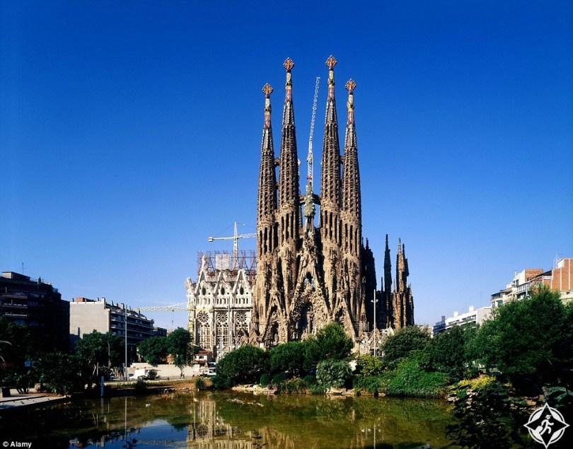 كنيسة العائلة المقدسة من أفضل أماكن السفر في العالم