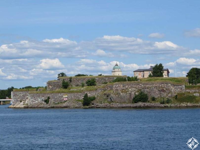 قلعة سوومنلينا
