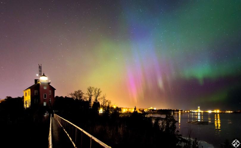 أمريكا-ميشيغان-الأضواء الشمالية-أجمل صور الفضاء