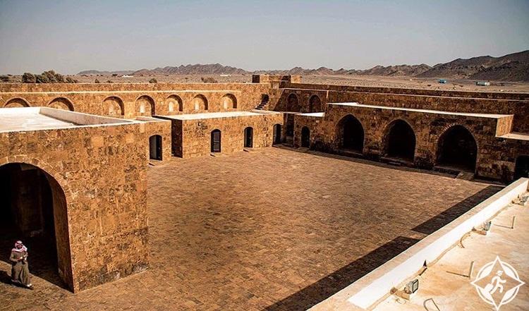 قلعة الازلم