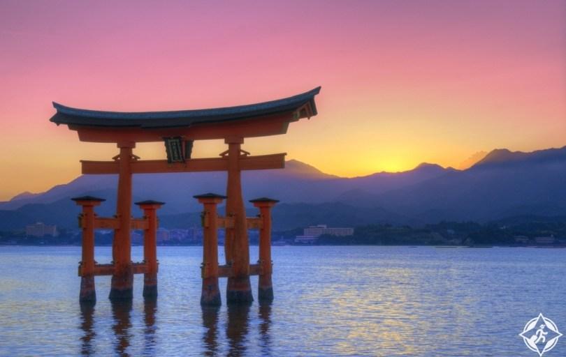 المعالم السياحية في هيروشيما - ضريح تسوكوشيما
