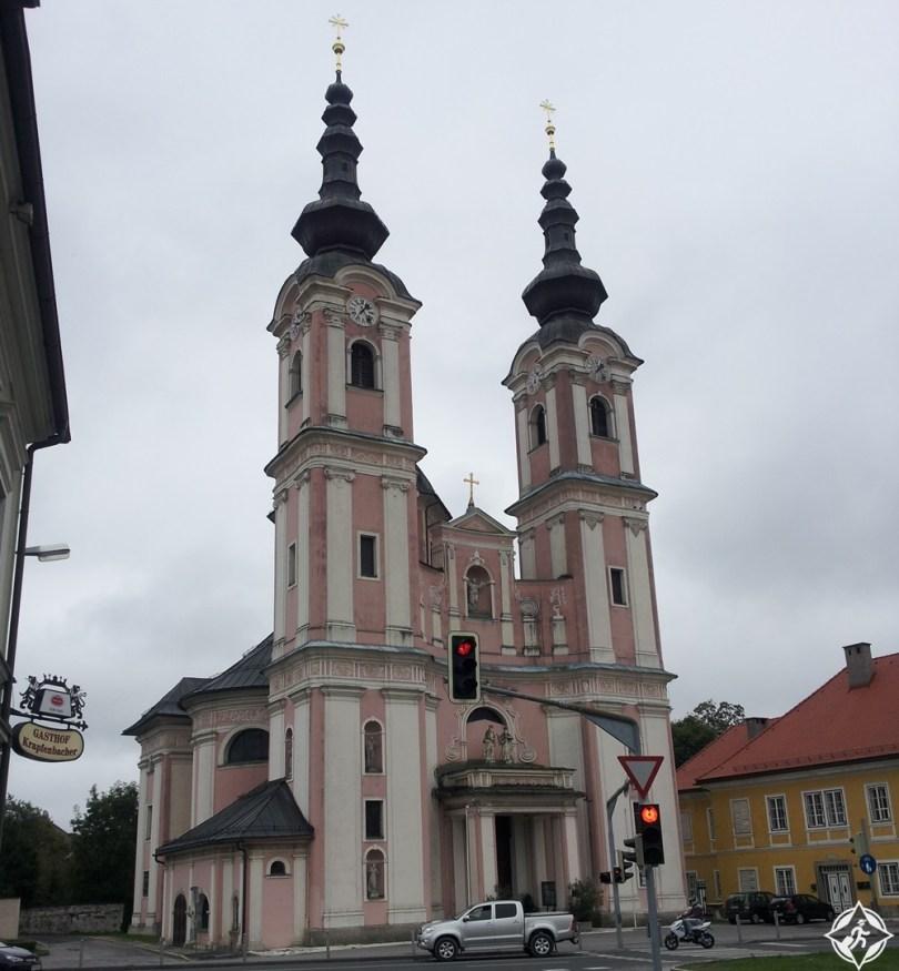 فيلاخ - كنيسة الصليب المقدس