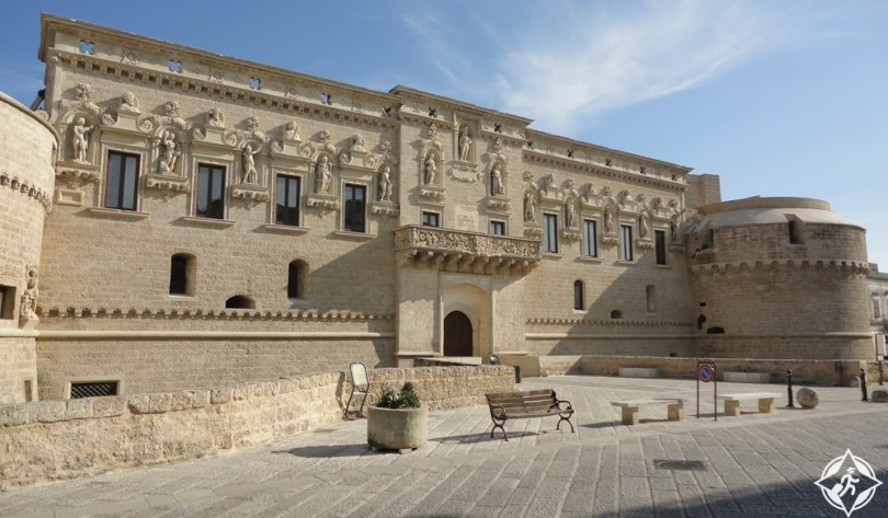 ليتشي - القلعة