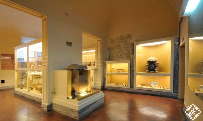 فولتيرا - متحف الأتروسكان