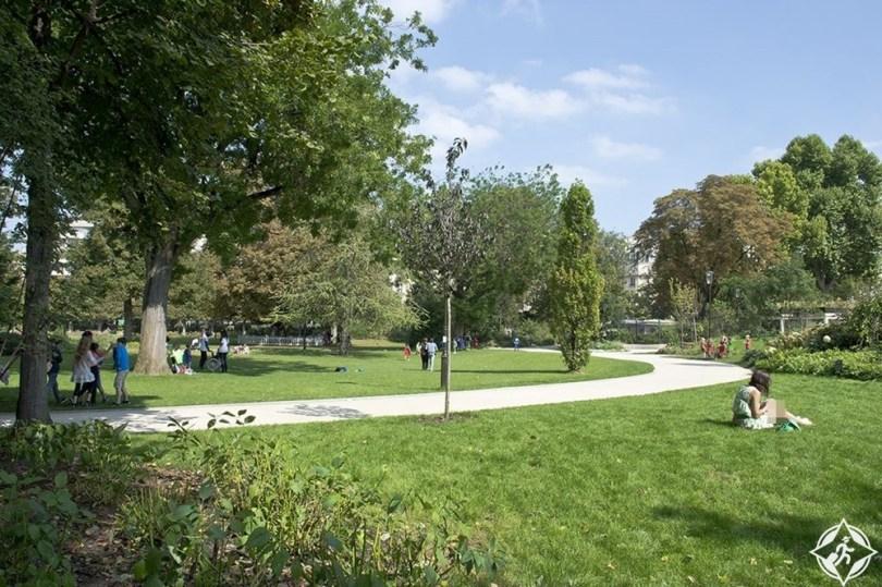 لوفالوا-بيري - حديقة لا بلانشته