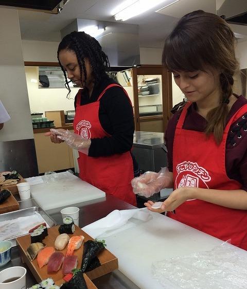 japan_sushi class photo