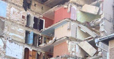 Galerie foto // Cum arată blocul din Otaci, prăbușit parțial în seara zilei de ieri