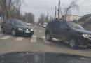 Foto // Un nou accident rutier la intersecția străzilor Romană cu Vasile Alecsandri din mun. Ungheni