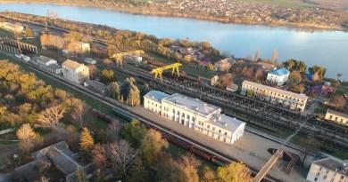 """Angajații Nodului CFM Ungheni preîntâmpină că """"vor bloca circulația trenurilor"""" în cazul în care nu își vor primi restanțele salariale"""