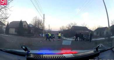 Video // Altercație din ofițerii INSP și un șofer beat în mun. Bălți