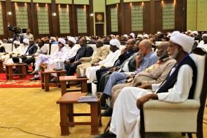 وزير الدولة بوزارة التعليم العالي يشيد بمخرجات المؤتمر العلمي العالمي ويعد برفع التوصيات إلى جهات الاختصاص.