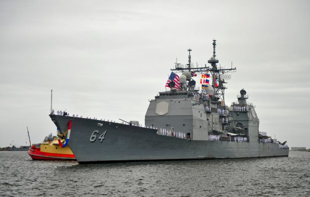 Guided-missile cruiser USS Gettysburg (CG 64), returns to Naval Station Mayport after a nine-month deployment to the U.S. 5th and 6th Fleet on April 18, 2014. US Navy Photo