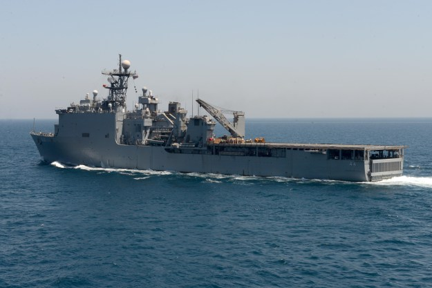 The amphibious dock landing ship USS Gunston Hall (LSD 44) transits the Arabian Gulf as part of the Bataan Amphibious Ready Group in 2014. US Navy Photo