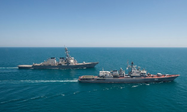 USS Ross (DDG-71), left, transits the Black Sea with the Ukranian navy frigate Hetman Sahaydachniy (U 130) during an underway exercise on June 2, 2015. US Navy Photo