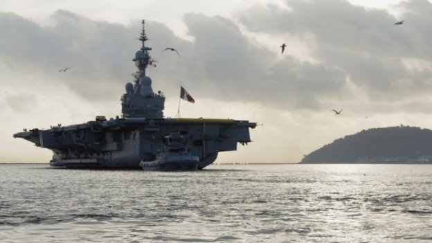 Hollande: French Carrier Charles de Gaulle Leaves for Middle East on Thursday