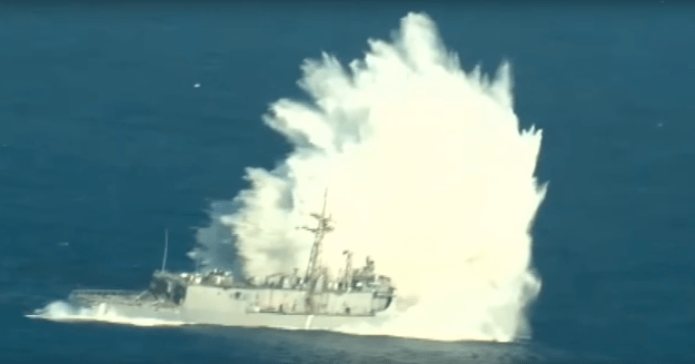 Video: Former Frigate USS Thach Hit in Live Fire Sinking Exercise