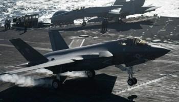 Navy's Last F-18 Hornet Squadron Sundowns Ahead of