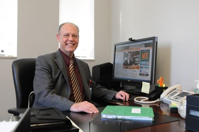 Dr. Clint Snyder