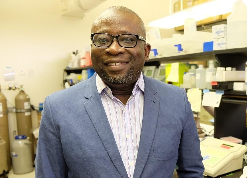 dr-adebiyi-in-lab