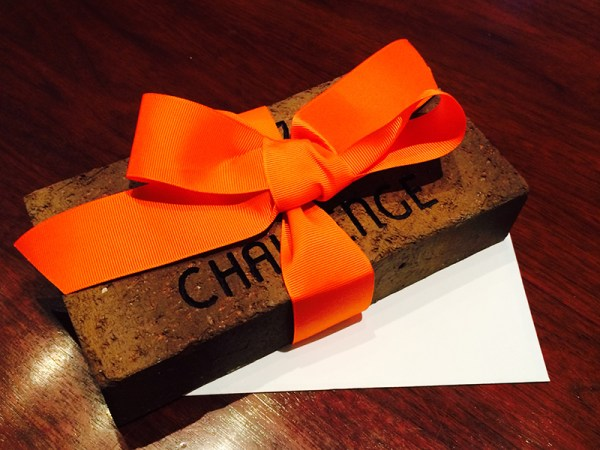 Brick with ribbon