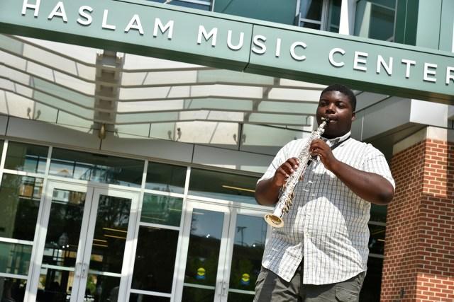 Darius Edwards playing