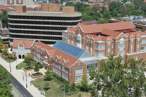 Haslam Business Building shortly after construction. Photo by Nick Myers.