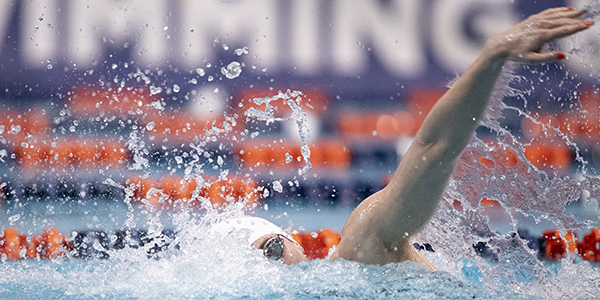 Erika Brown swimming freestyle at the 2020 SEC Swimming and Diving Championships