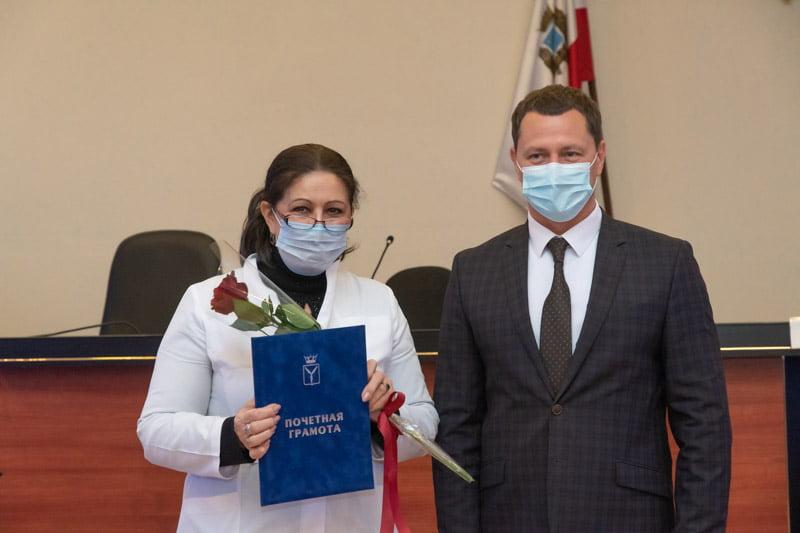 Старшую медсестру отделения Скорой помощи наградили в Марксе - новости маркс