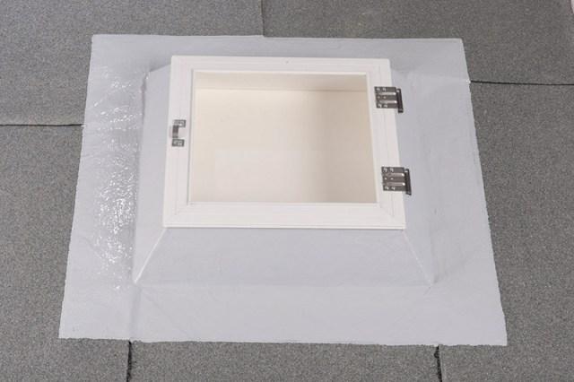Regelkonform und sauber abgedichtete Lichtkuppel.
